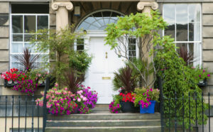 Houses for rent in Bergen County NJ with flowers at the front door.